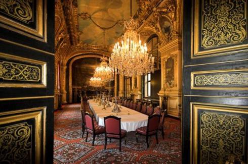 napoleon-bonapartes-dinning-room-at-the-louvre-museum-paris-pierre-leclerc